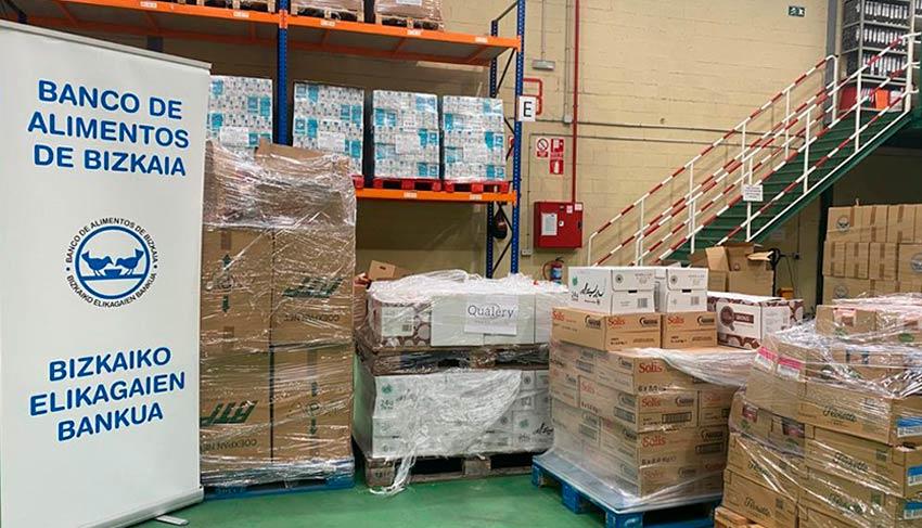 Iparvending realiza una donación al Banco de Alimentos de Bizkaia