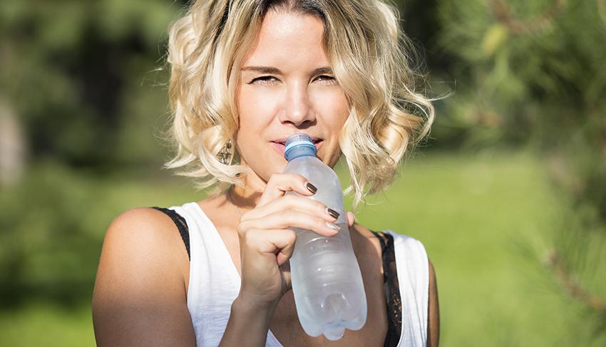 Beneficios de beber Agua Mineral Natural
