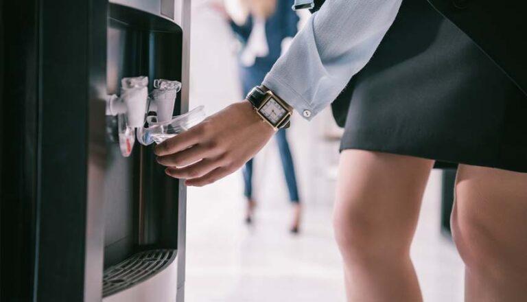 Beneficios del dispensador de agua de botellón